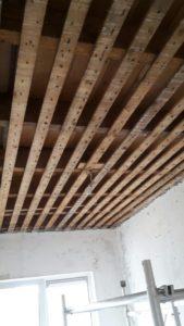 riet met stuck plafond veriwjderen
